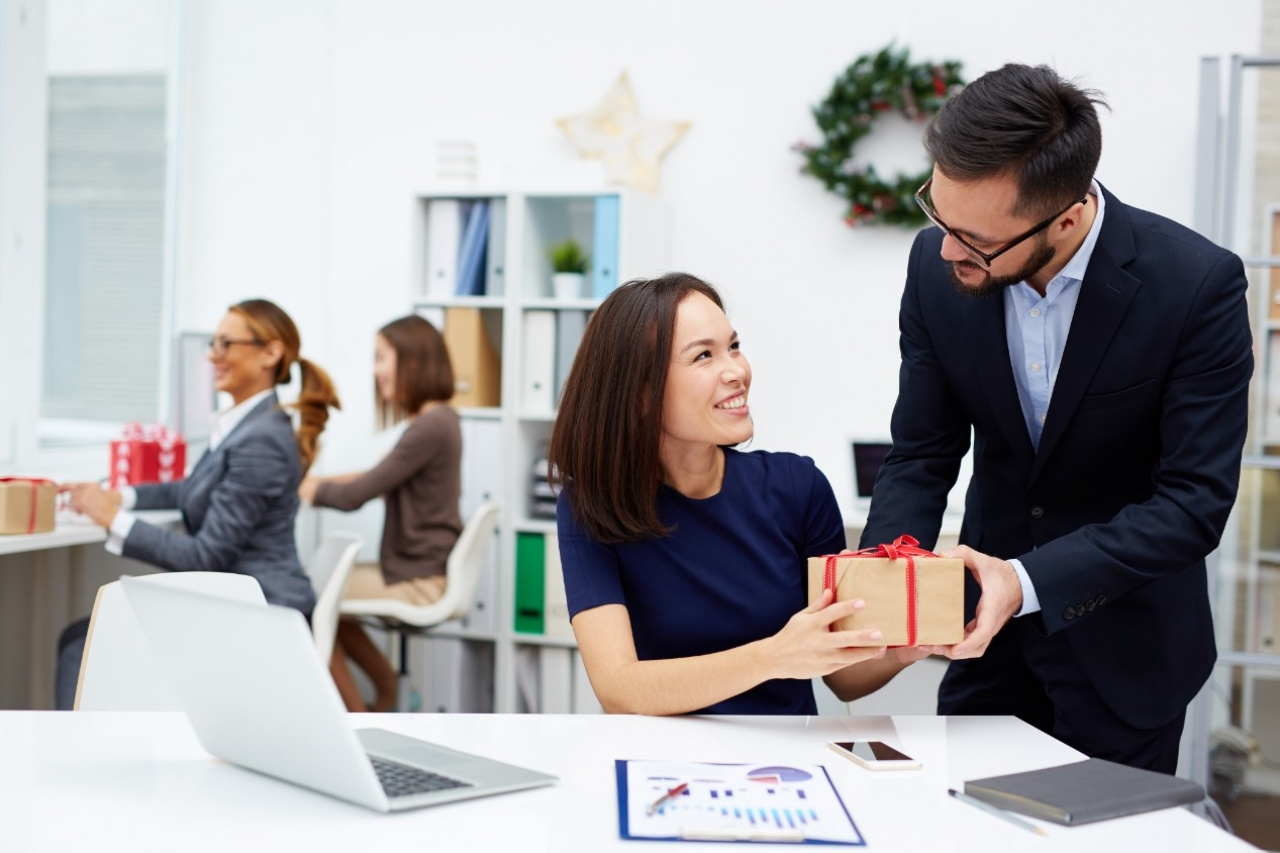 Loop & Tie Launches Salesforce App To Enhance Customer Gifting Experience